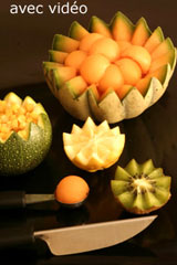 La sculpture sur fruits et l gumes pour d corer assiettes for Cuillere pour decorer les assiettes